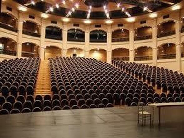 Le Dôme Théâtre