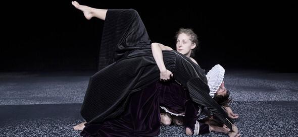 Yasmine Hugonnet - Chro no lo gi cal