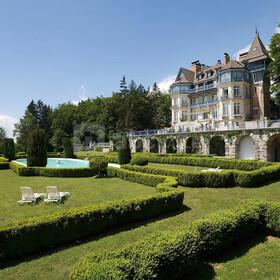 Château des Avenières CRUSEILLES